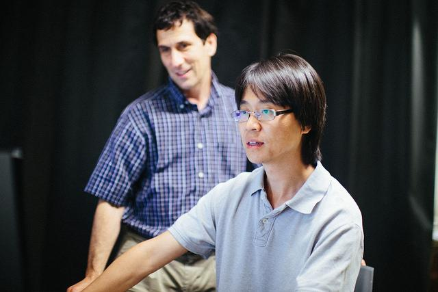 Professors Xinran Zhang and Jeff Urbach